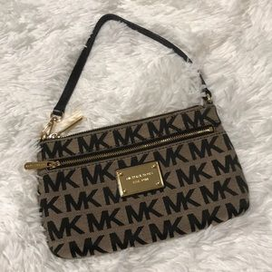 ‼️FINAL MARKDOWN‼️MK purse with convertible strap